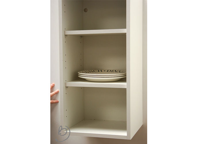 Cream kitchen wall units for Kitchen cabinets 700mm